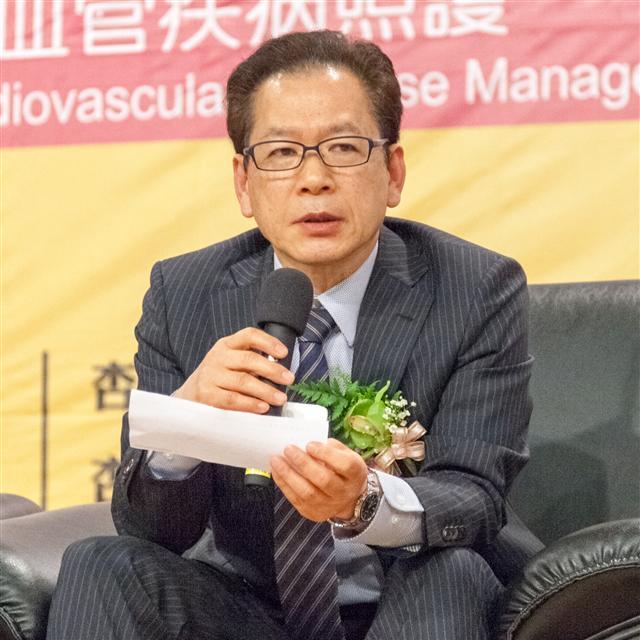 日本農學博士也是輔酶發明者人之一細江和典,應邀在杏輝生醫論壇演講「還原型Q10與心臟保健的關係」。(杏輝藥品提供)