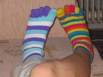 天冷睡覺要不要穿襪 專家這樣說
