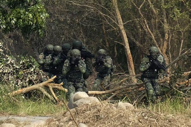 圖為國軍特種部隊的演練。(Getty Images)