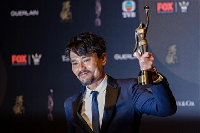 在4月9日舉行的第36屆香港金像獎頒獎典禮上,林家棟憑藉《樹大招風》奪得最佳男主角。(ANTHONY WALLACE/AFP/Getty Images)
