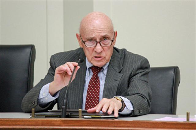 中國問題專家約瑟夫‧波士克(Joseph Bosco)表示,美國政府絕不應該讓中共擺脫國際法律和道德的制裁。(石青雲/大紀元)