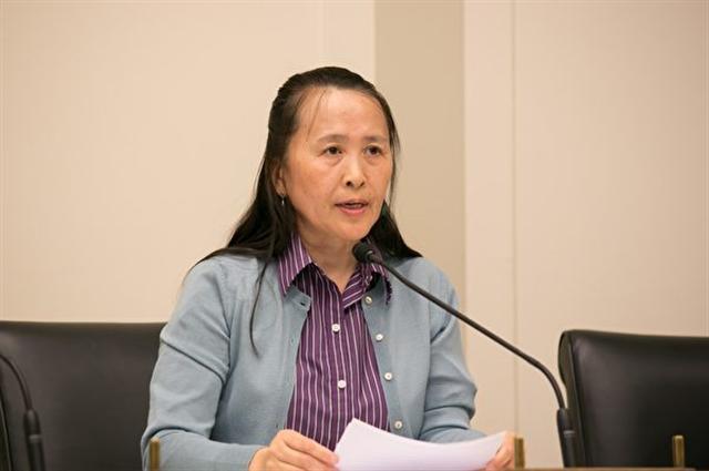 全球退黨服務中心主席易蓉說:「真正擺脫中共之時,中國將重歸偉大之路。」(李莎/大紀元)
