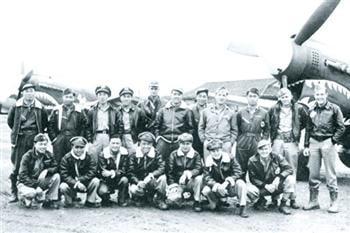 林輝:飛虎隊英雄與投共飛行員的失足之恨