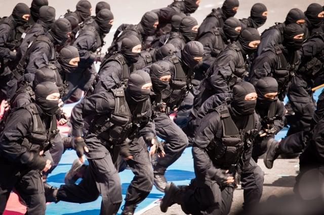 國防部昨(11)日在立法院表示,今年國軍政軍兵推對「反斬首」科目有進行完整演練。(記者陳柏州/攝影)