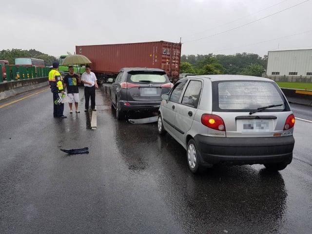 交通部指出,2014~2016年間國道死亡事故中,追撞居冠,撞護欄排第二。圖為資料照。(大紀元資料室)