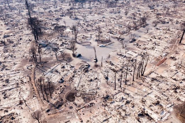 北加州大火持續蔓延,無家可歸者達數千人。(AFP)