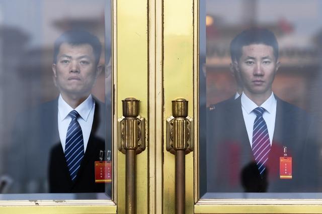十九大戒備森嚴空前未有,專家表示,是習近平對黨內反對勢力反撲的恐懼與嚇阻。(AFP)