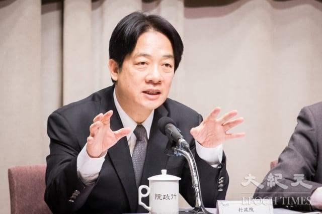 行政院長賴清德(圖)說明產業五缺解決方案,8日公布穩定供電對策。(記者陳柏州/攝影)
