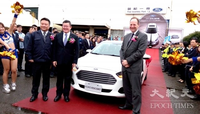 「FORD ESCORT」新車款。(記者徐乃義/攝影)