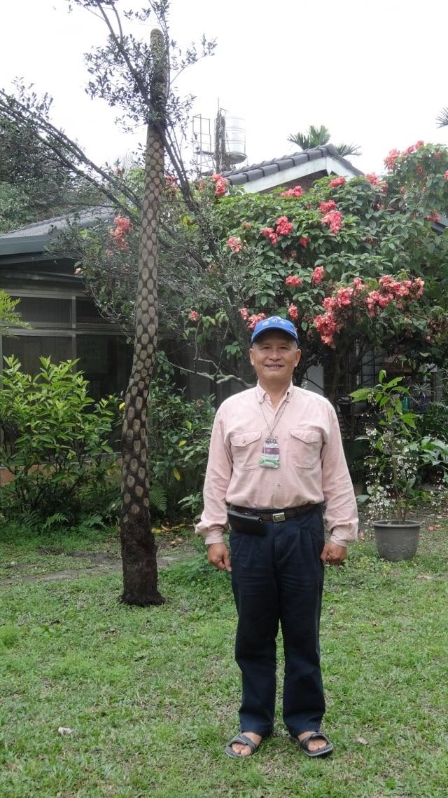 長期營造生態化校園並成立「落葉的家」,吳松賀正積極實踐心中那份堅持已久的夢想。