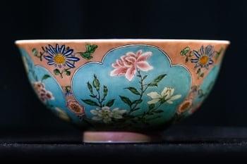 康熙御製彩碗香港拍賣 全球僅3只估價逾7億