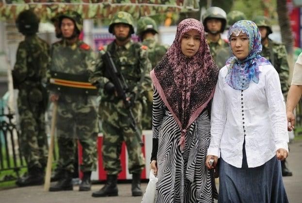 中共拘押十多萬維族 美擬制裁
