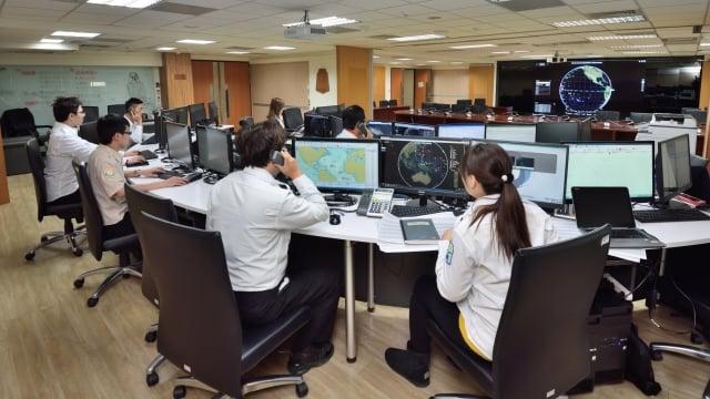 漁業署FMC監控中心24小時監控台灣漁船。