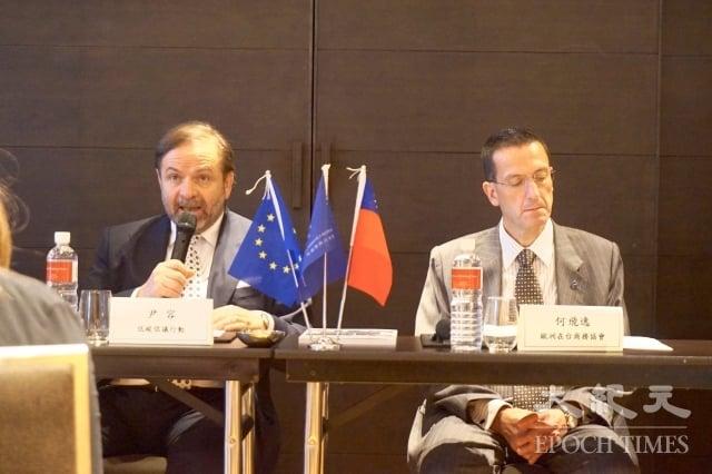 歐洲商會副理事長尹容(Giuseppe Izzo)表示,台灣政府規劃很好,但法規對業者是挑戰,邁向再生能源速度與其他國家相較落後。(記者謝平平/攝影)