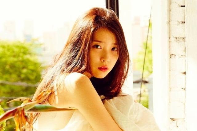 韓國歌手IU(李知恩),圖為資料照。(華納提供)
