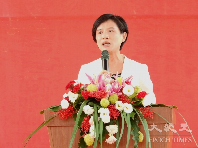 文化部長鄭麗君表示,為了豐沛無形資產,預算的編列將成長3倍,達3億元,獲得結業的藝生們,透過演出,未來每個月可以有3萬元的收入。