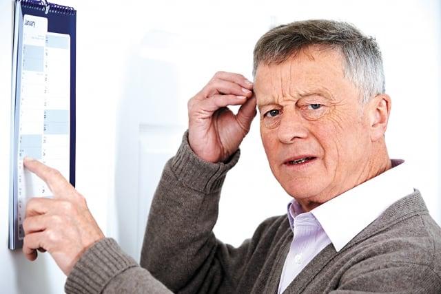 一般而言,輕微認知障礙被認為是正常老化與失智症之間的過渡期。(123RF)