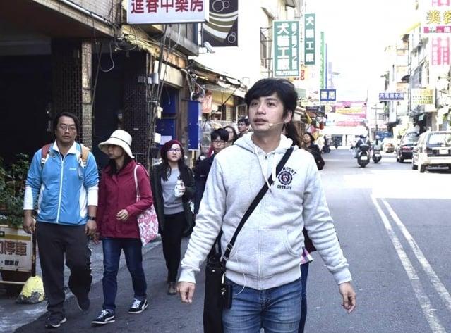 旅咖啡老闆邱明憲曾經是國外旅遊的帶團領隊,在2011年返回家鄉後,決定帶著遊客深入探訪彰化原鄉。(旅咖啡提供)