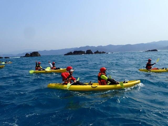 新北野柳獨木舟體驗(新北市政府漁業及漁港事業管理處提供)