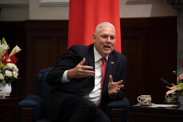 聖露西亞總理查士納9日表示,他不會掩飾露國與台灣的友情,未來也將持續支持台灣。