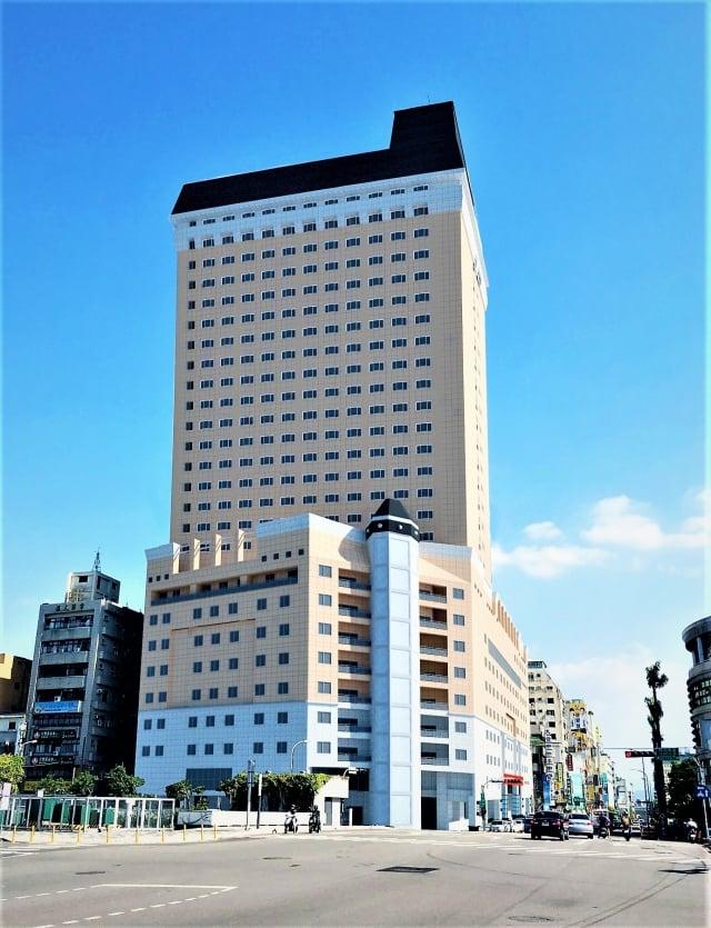 礁溪鳳凰酒店將進駐台中中區柳川旁建築。(台中市政府提供)