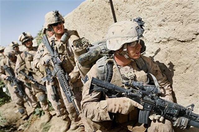 有外媒報導美國計畫在台海進行軍演,酈英傑表示,相關問題可能要去詢問美國國防部。(Joe Raedle/Getty Images)