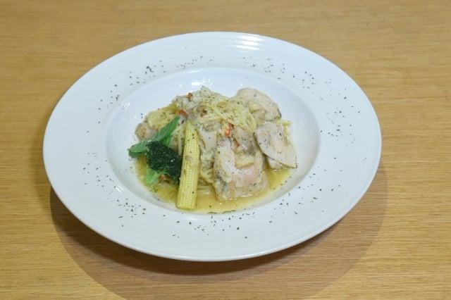 香煎嫰雞義大利麵(攝影/黃宗茂)