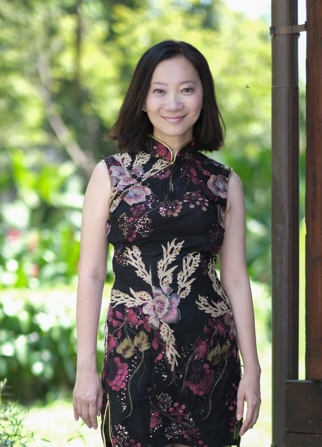 知名作家李維菁生前作品《人魚紀》獲得台北文學年金獎助40萬元,圖為李維菁2017年10月參與文訊雜誌企劃特輯時留影。(文訊雜誌社提供)