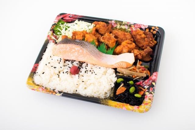 現在的人經常外食,便當大都是重油、重口味,甚至可能摻雜一些防腐劑、塑化劑之類的添加劑。(Fotolia)