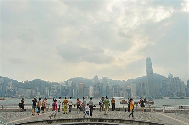不少專家都對香港經濟前景,感到悲觀。(大紀元資料圖片)