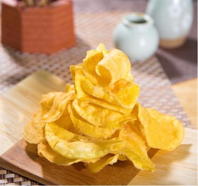 另種代表台灣傳統零嘴─甘藷脆片。(阿甘藷叔提供)