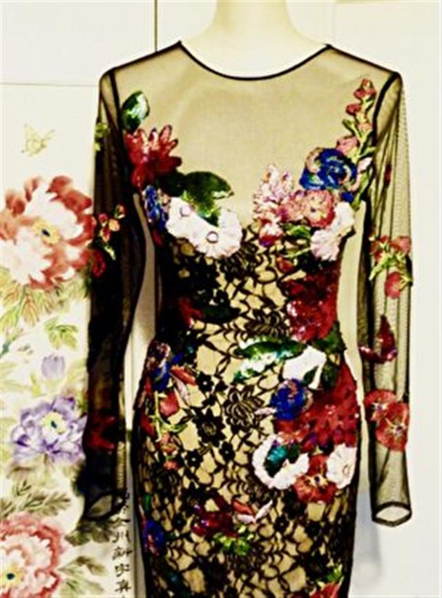 金明鋒設計的禮服。(金明鋒提供)