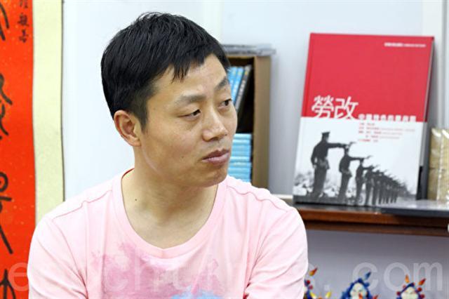 2013年杜斌在香港出席《小鬼頭上的女人》紀錄片首映資料照。(記者潘在殊/攝影)