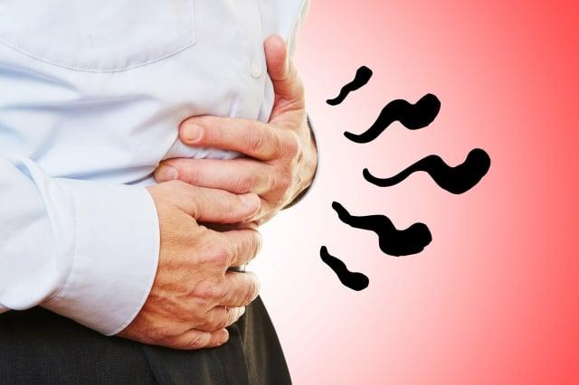 吃飽後是否有腹脹狀況?消化功能是否欠佳?日常生活中,常常伴隨著打嗝、放屁......只要有上述症狀,就可以推測出病人可能有SIBO的問題。(123RF)