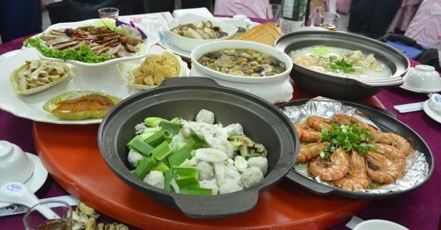 大安農會迎新年,設計的8道菜單充滿祝福意涵的好料理。(攝影/鄧玫玲)