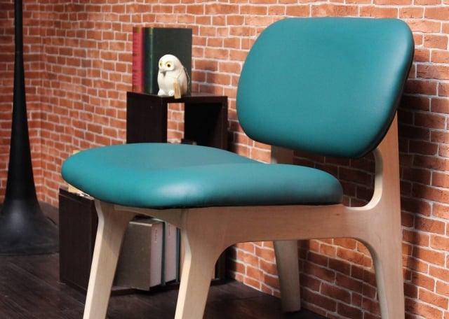 水瓶座-簡約休閒椅。(業者提供)