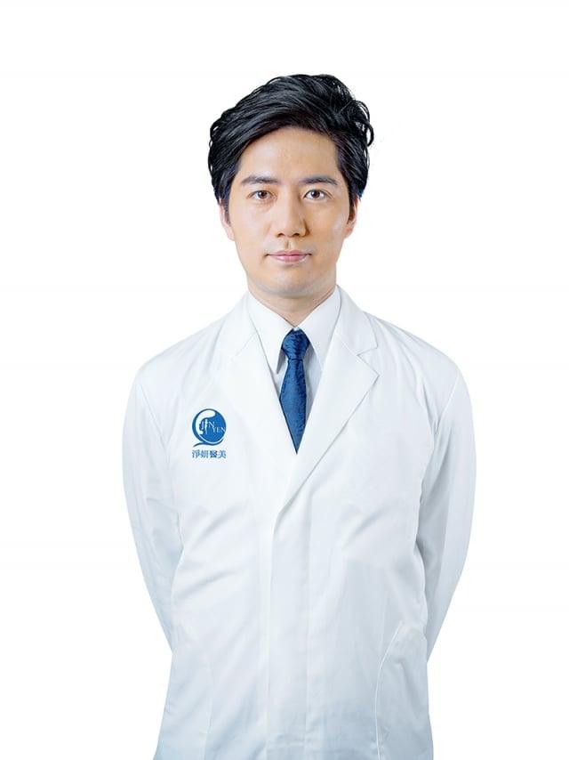 陳志軒醫師分析產後三大問題「乳房下垂」、「腹部鬆弛」和「妊娠紋」。(業者提供)