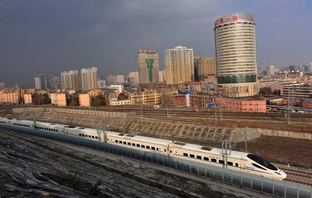 為拉動經濟,中共今年鐵路投資8,500億元創紀錄。(Getty Images)