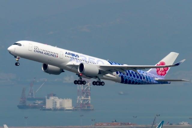 華航機師罷工進入第3天,勞資雙方仍無共識,華航至今已取消至少50多個航班。(維基百科公有領域)