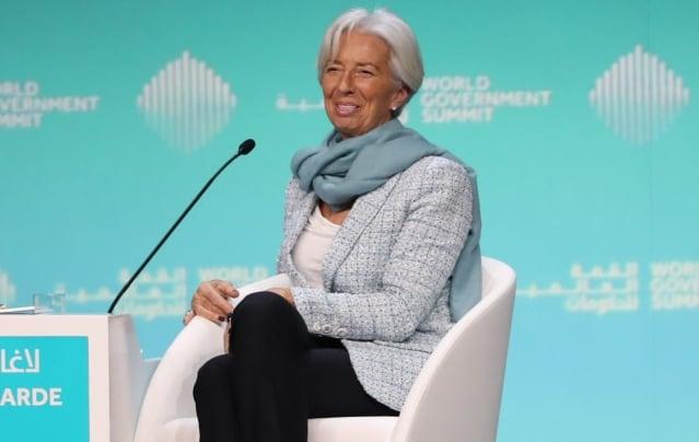 國際貨幣基金組織總裁拉加德表示,全球經濟被四大烏雲壟罩,「一道閃電就可引發狂風暴雨」。(AFP)