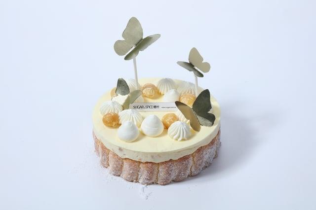OK mart與塘村合作推出四款歐系蛋糕,只有在OK mart才能買到,圖為夏威夷果仁慕斯。
