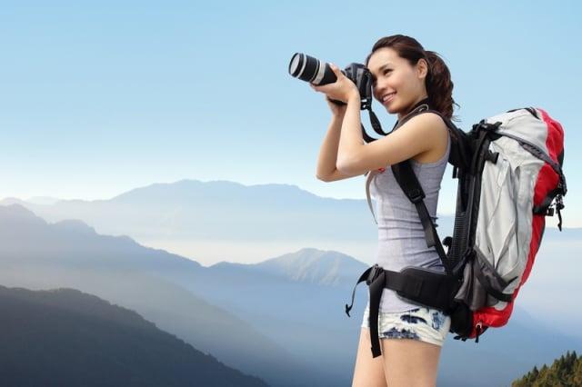 旅行可以豐富人生閱歷,正如東方諺語:「讀萬卷書,行萬里路。」(shutterstock)