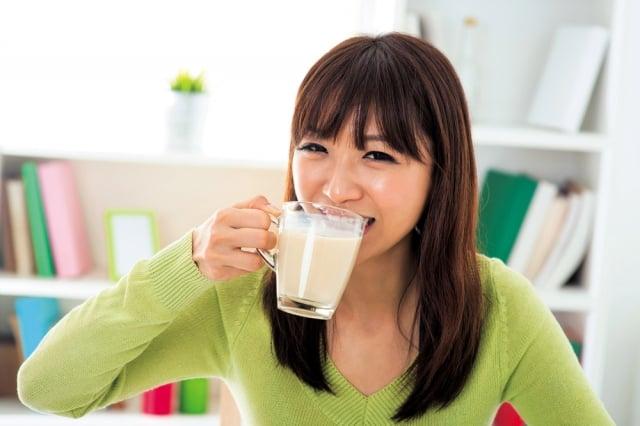 你知道什麼時間喝豆漿,怎樣喝營養吸收最充分嗎?(Fotolia)