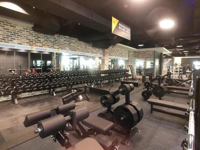柏文健康事業(8462)15日正式掛牌上市,成為第一家、也是唯一一家在台上市的健身中心。(柏文臉書提供)