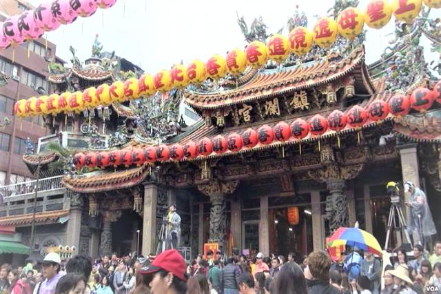 大甲鎮瀾宮每年遊客有數百萬,地方嘆商圈沒跟著發大財。(台中市政府提供)