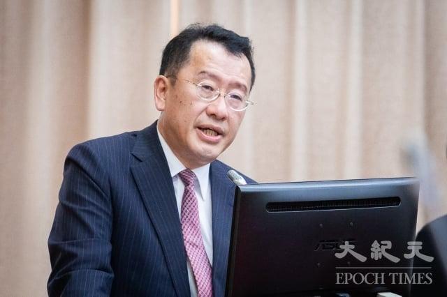 金管會主委顧立雄表示,已對台灣華映對中國華映科是否喪失控制力及針對重訊的揭露是否充足等情況展開調查,將在3周內提出報告。(記者陳柏州/攝影)