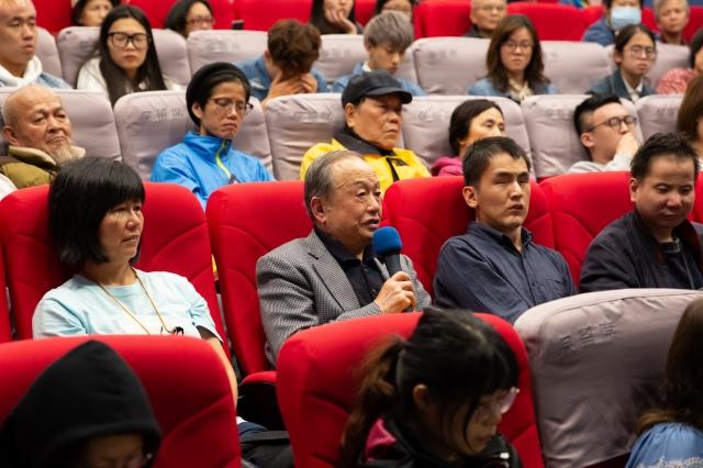 台灣投資中國受害者協會創會會長高為邦深受《求救信》感動。(許基東。提供)