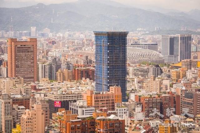 台經院指出,目前房市供給面還需要時間去化,因此有高達七成的建商對於未來半年的房市看法趨於持平。圖為示意照。(記者陳柏州/攝影)