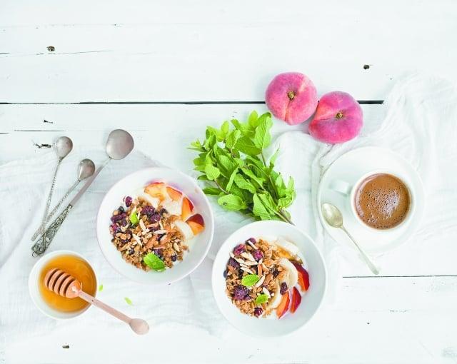 春季人體新陳代謝開始旺盛,多吃富含維生素B的食物和新鮮蔬菜。(123RF)