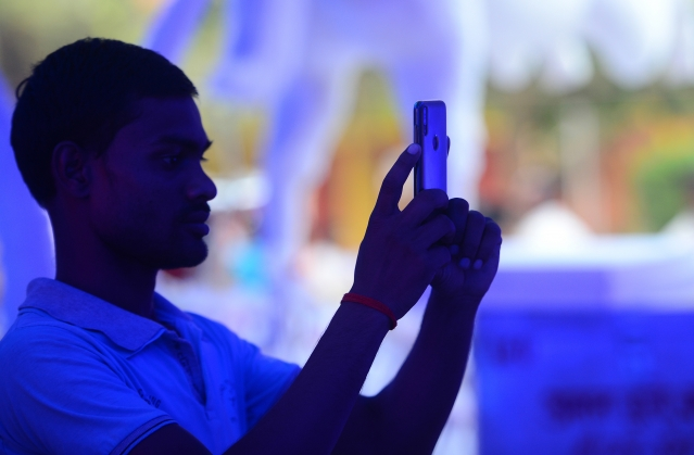 美國科技巨擘蘋果(Apple Inc.)週二證實,台灣代工商緯創在印度生產iPhone 7。圖為示意照。(AFP)